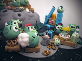 Pig Invasion Cake by The Phantom Moon (Angry Birds Space Green Pigs)