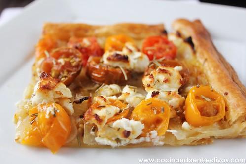 Tarta de tomate y queso de cabra. www.cocinandoentreolivos (14)