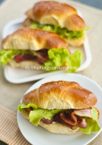wmegg butter rolls1
