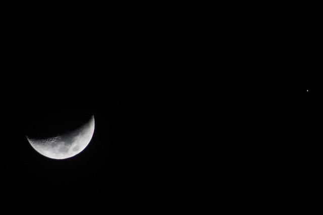 the moon and jupiter tonight - photo #33