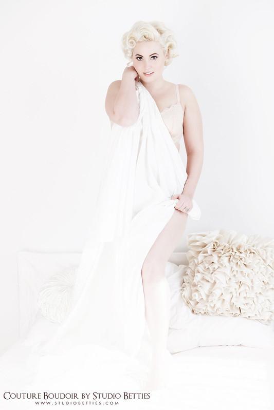 Marilyn Monroe Boudoir 4