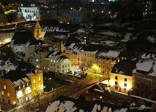 old city winter snow abbey night europe long exposure hiver exposition neige luxembourg nuit ville vieille abbaye grund longue neumunster