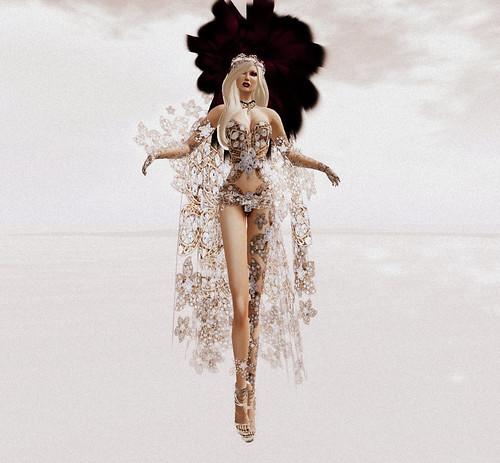 Milan Fashion Week- SoloEvane- Lady Thera