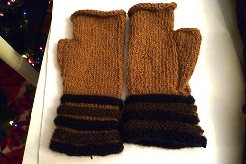 Sheila's UnChristmas Mitts