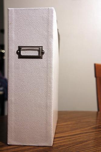 008-file holder