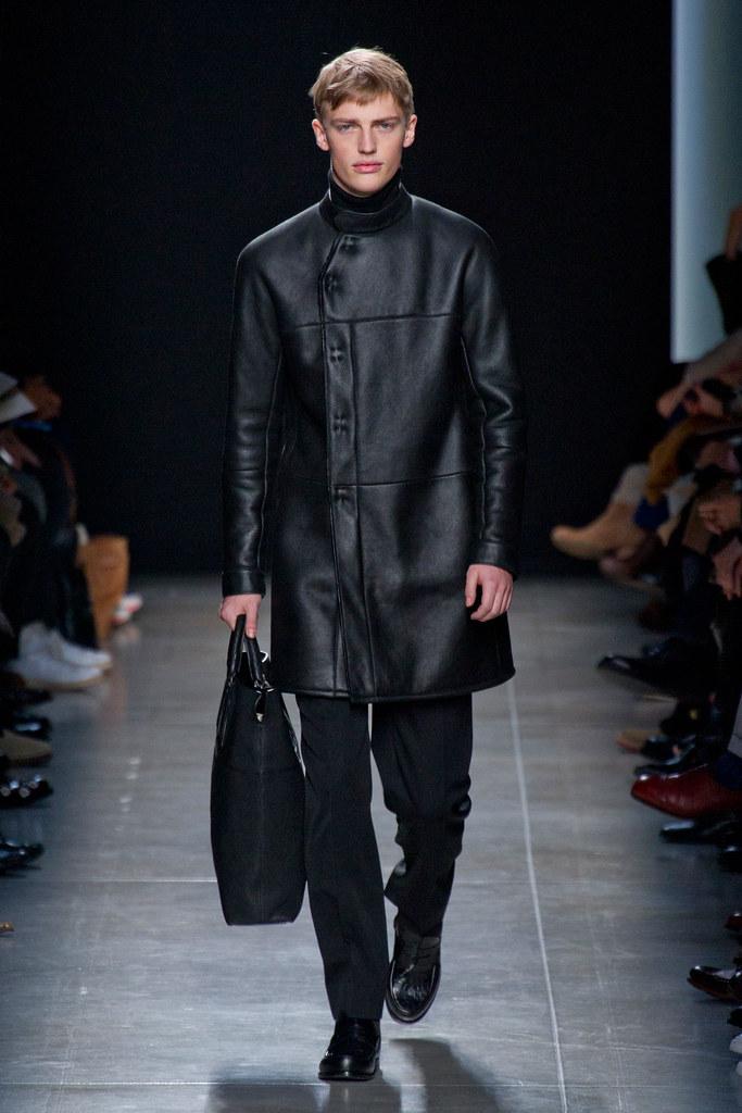 FW13 Milan Bottega Veneta117_Victor Nylander(fashionising.com)