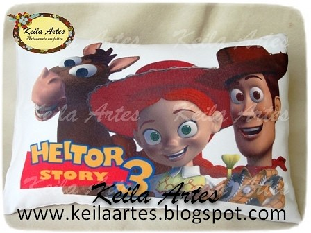 ALMOFADA PERSONALIZADA TOY STORY MOD.02 by KEILARTES