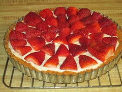 Strawberry and Lemon tart by Teckelcar