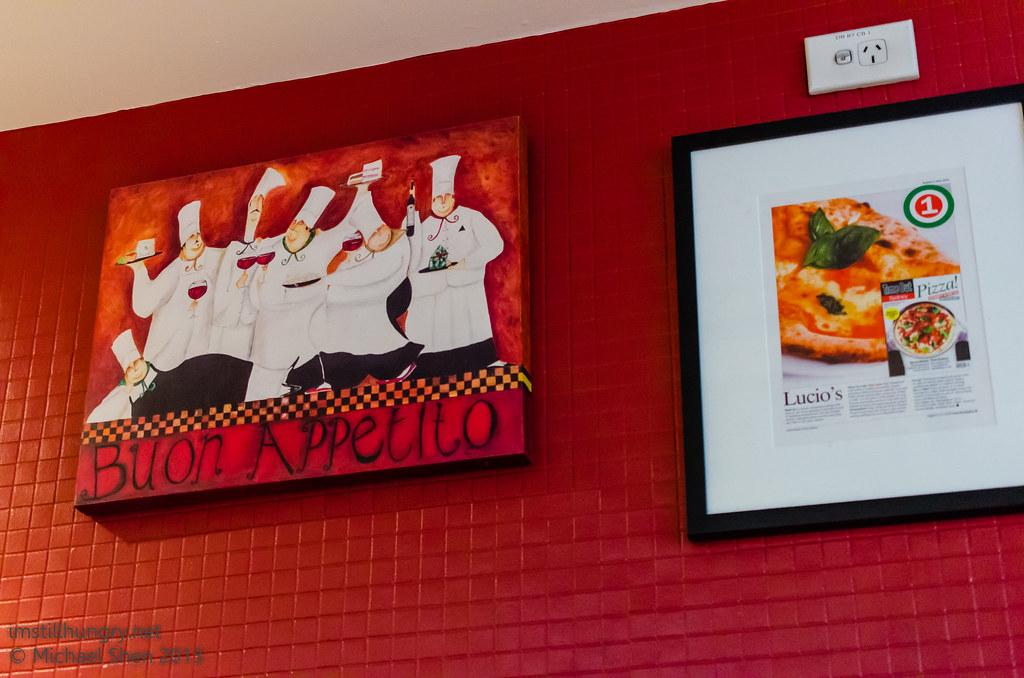 Lucio Pizzeria interior