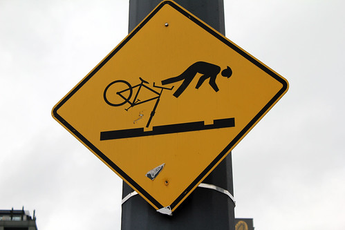 Warning: bicyclists fall on their face here