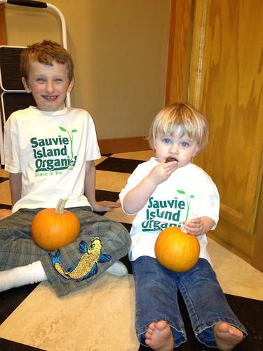 tshirts_pumpkins
