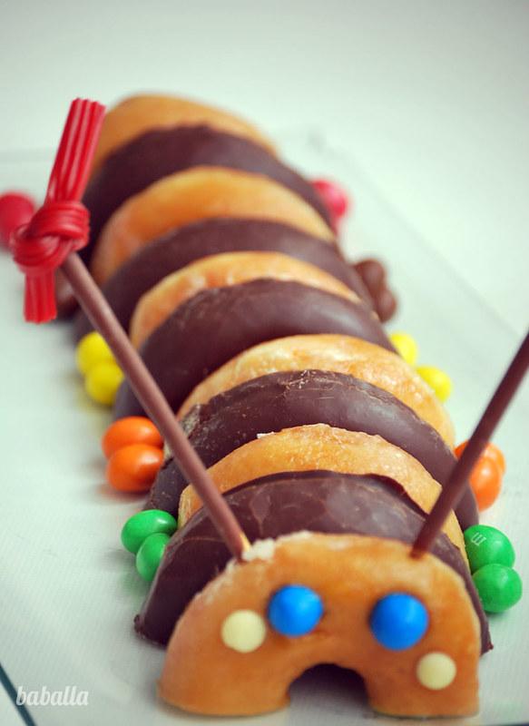tarta_donuts_gusano3