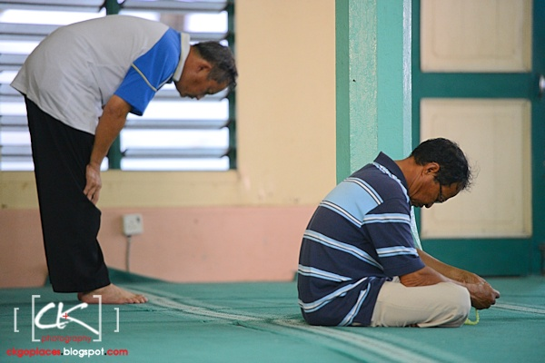 Masjid_Bandar_Kuching_06