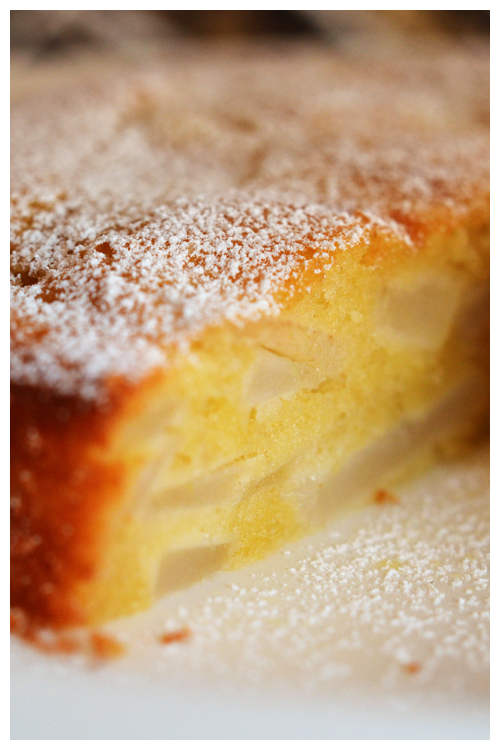 pear and amaretto cake© by Haalo