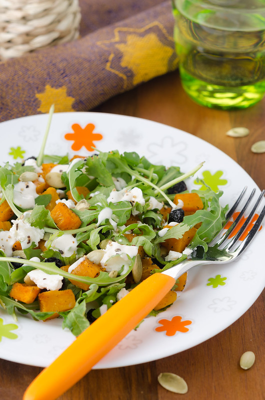 salad with arugula, goat cheese and pumpkin