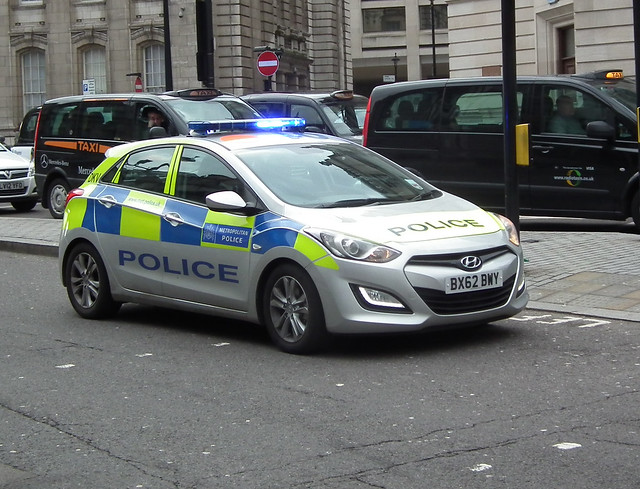 met police dkv metropolitan police dkv 2013 hyundai i30. Black Bedroom Furniture Sets. Home Design Ideas