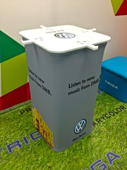 waste container(0.0), waste containment(1.0),