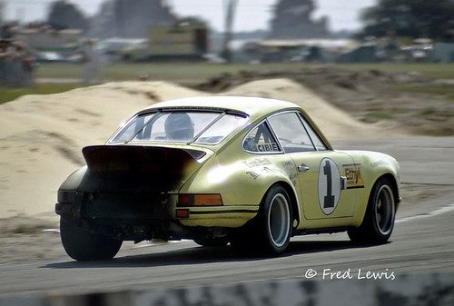 A hot Porsche for all the wrong reasons - Sebring 1973 by Nigel Smuckatelli