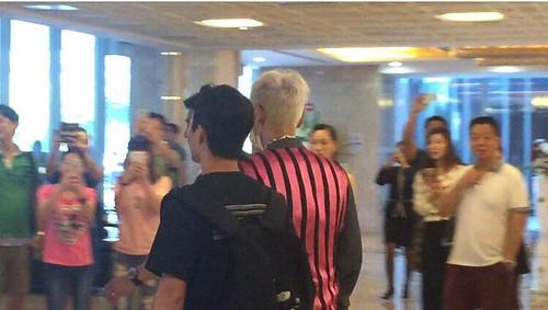 BIGBANG arrival Shenzhen Airport 2015-08-07 (4)