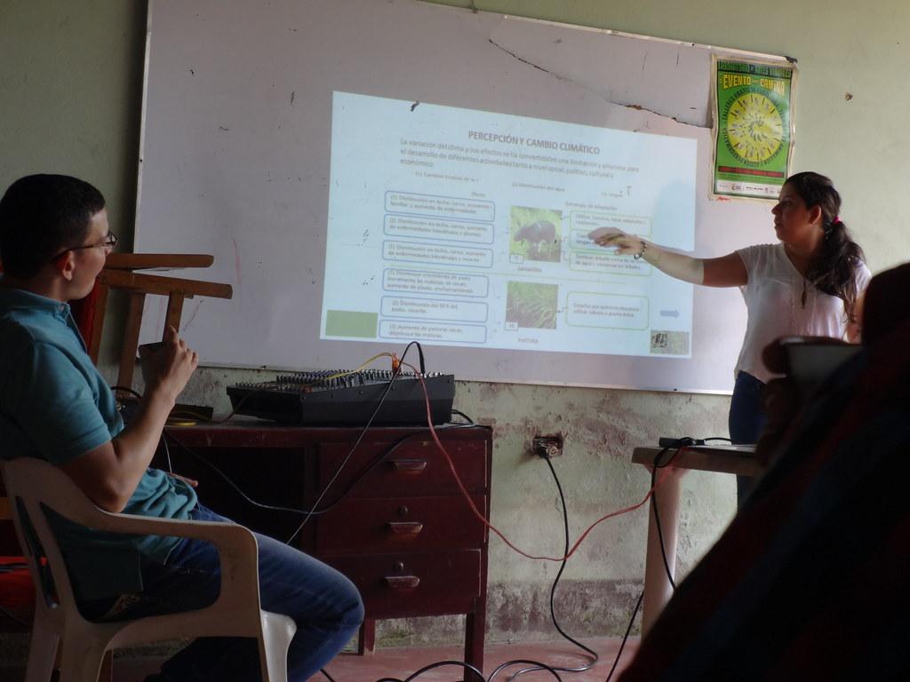 Socialización del proceso de co-diseño de sistemas productivos con ganaderos