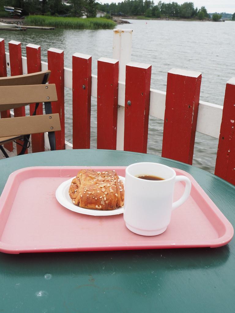 Cafe Regattaのシナモンロール