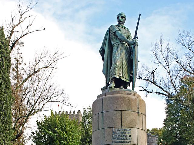 Dom Afonso Henrique Statue, Guimaraes, Portugal