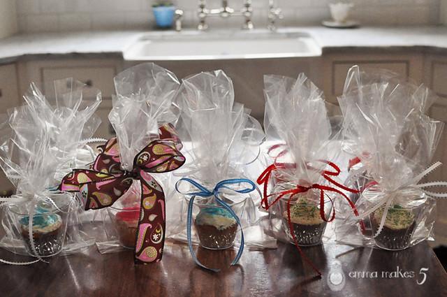 bake sale cupcakes