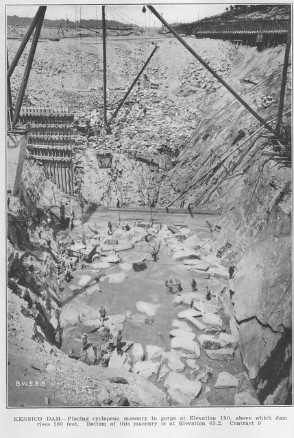 Report 1913 Base of Dam Structure