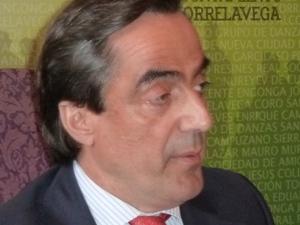Calderón se reúne con la Asociación de Amas de Casa para dialogar sobre  el proyecto Torrelavega 2020
