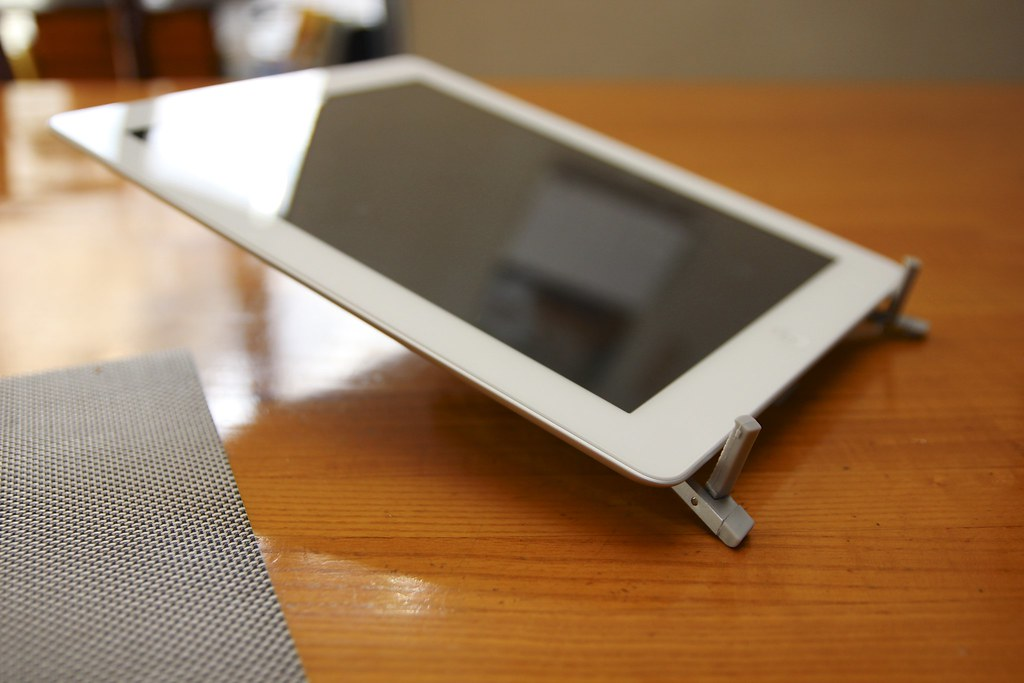 Twelve South Compass Mobile Stand for iPad