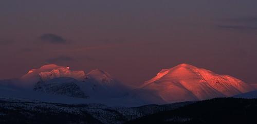 winter sunset snow mountains norway sigma gudbrandsdalen otta rondanenationalpark rondeslottet storronden vinjeronden canon7d