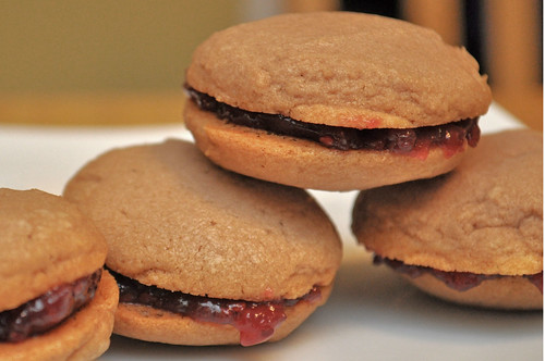 Raspberry-Cocoa-Sandwich-Cookies