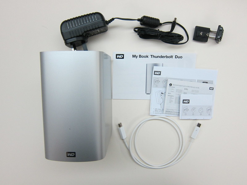 Western Digital My Book Thunderbolt Duo - Box Contents