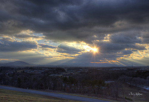 sunset sky sun mountains clouds virginia roanoke valley terry salem rays friday hdr vinton aldhizer terryaldhizercom frirays