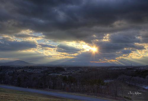 sunset sky sun mountains clouds virginia roanoke valley terry salem rays friday hdr vinton aldhizer terryaldhizercom frirays