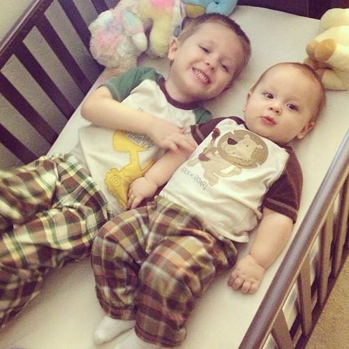 Two little babies in a crib... Hehe ;) #babygram #babies