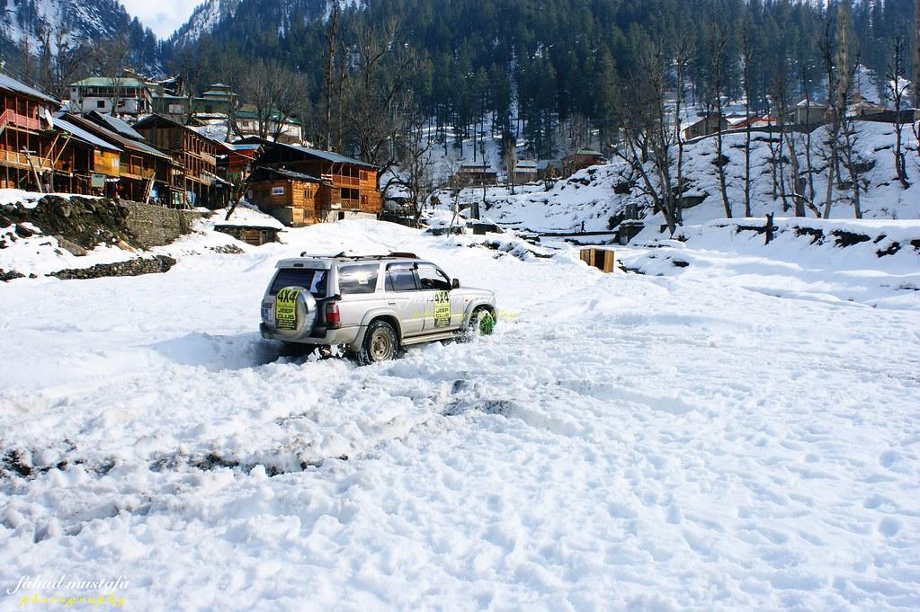 Muzaffarabad Jeep Club Neelum Snow Cross - 8470955979 3b7b04c612 b