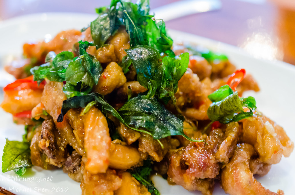 Spice I Am Basil Crispy Chicken - Stir fried with chilli and Thai holy basil, topped with crispy holy basil (sig)