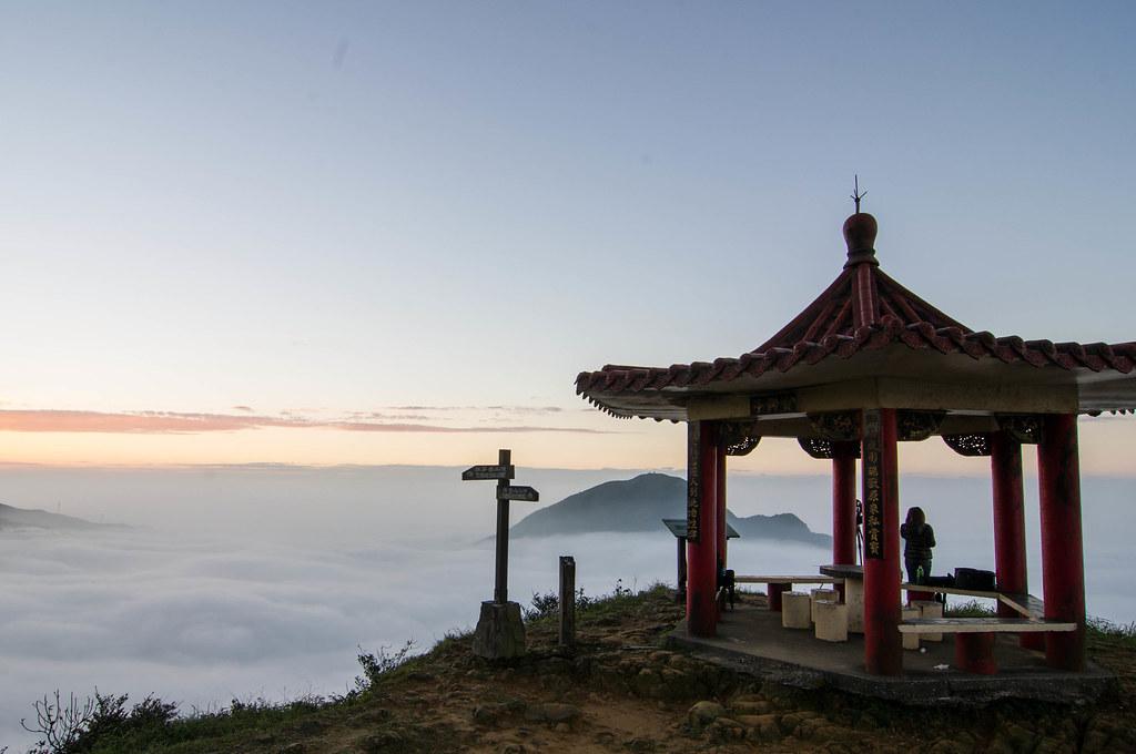 茶壺山上賞夕陽、星空、雲海