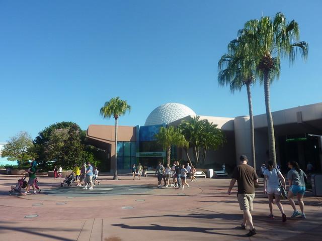 Walt Disney World - Le rêve dans la main.... - Page 3 8491163649_fbe2696855_z