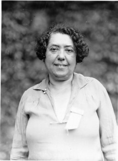 Lina Solomonova Stern (1878-1968)