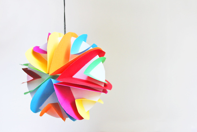 Art for kids glowing paper planets babble dabble do for Planet crafts for kids