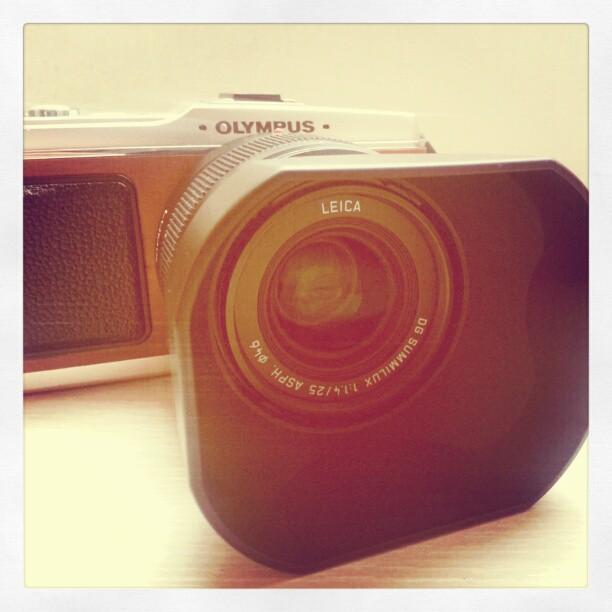 E-P1 + Leica DG 25mm