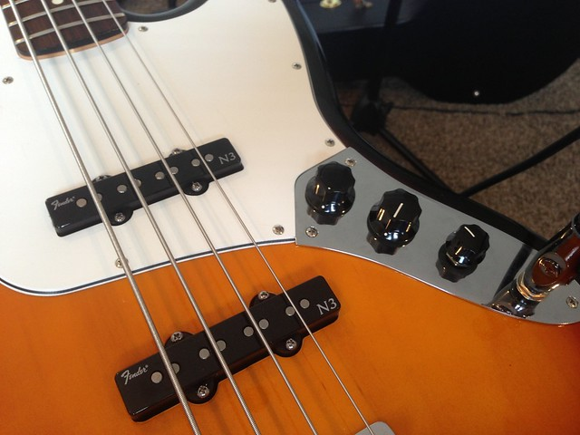 fender standard jazz bass with noiseless n3 pickups and s 1 switch flickr photo sharing. Black Bedroom Furniture Sets. Home Design Ideas