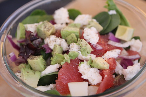 Salad with Mozzarella, Grapefruit, Onion, Hearts of Palm, and Avocado