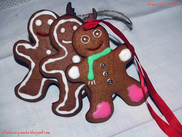 gingerbread cookies2