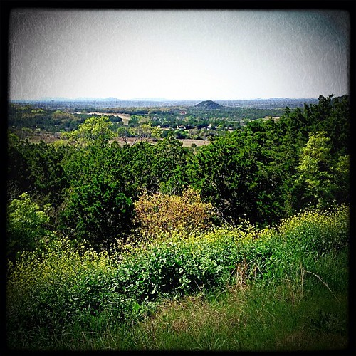 landscape spring powerlines stillhousehollowlake huemore iphoneography eaglesnestroad