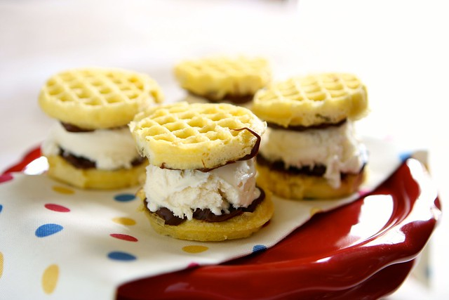 Eggo Ice Cream Sandwiches 001
