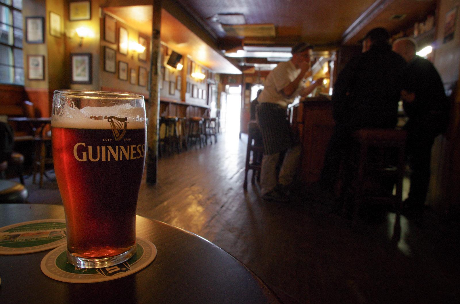 Première douche irlandaise - Une Guiness au Brogan's - Carnet de voyage Irlande