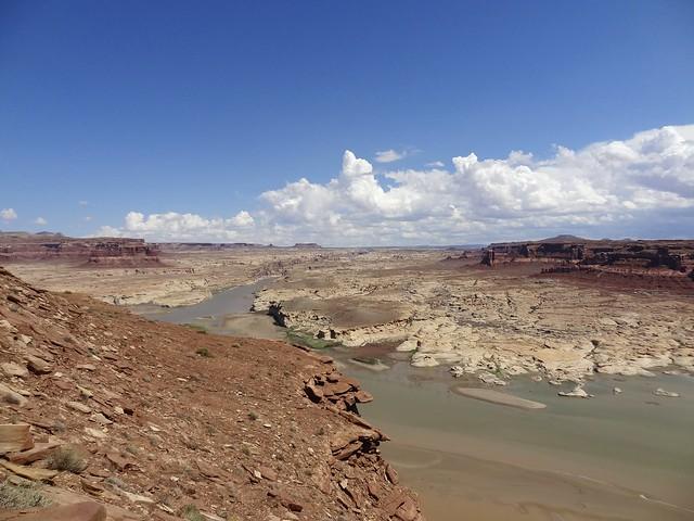 Glen Canyon Nat Rec area overlook